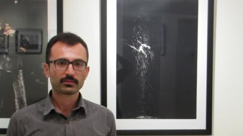 گفتوگو با بابک حقی در مورد نمایشگاه عکس تئاتر