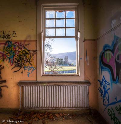 abandoned-windows-honargardi (19)