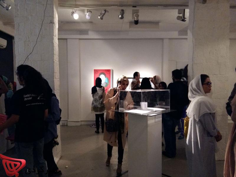 آقای رئیس جمهور در گالری طراحان آزاد