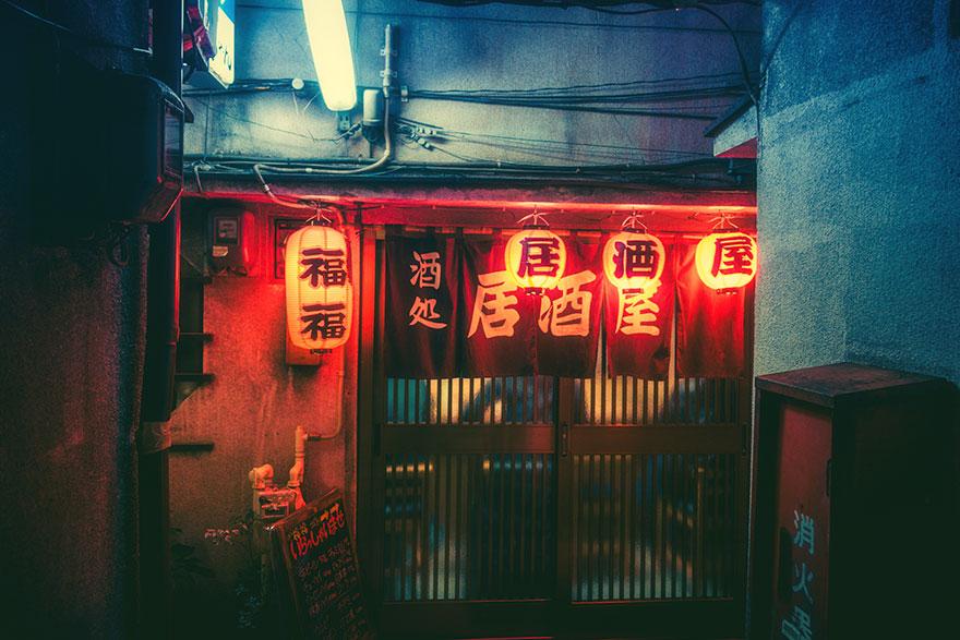 عکاسی از خیابان های توکیو در شب