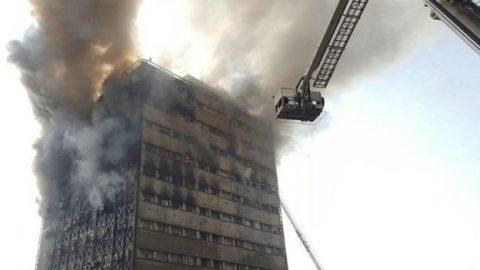 ساختمان پلاسکو فروریخت