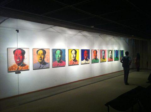 گنجینه موزه هنرهای معاصر تهران در کشور میماند