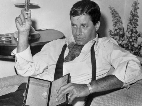 یادگارهای جری لوئیس در لاس وگاس حراج شدند